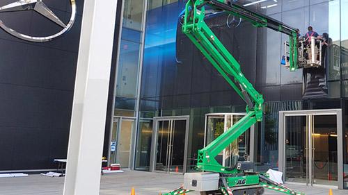 Mercedes Installation continues